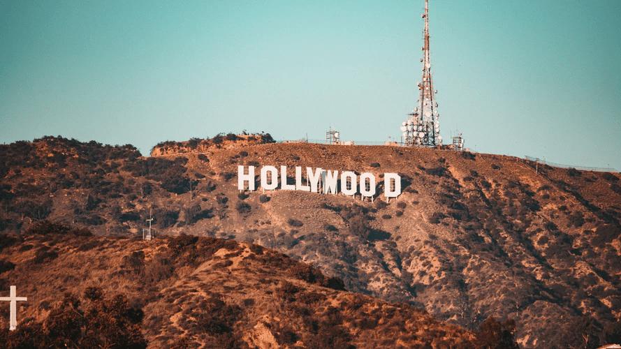 Some popular Hollywood names speak Hebrew fluently